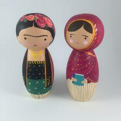 Bonecos ilustrados pela artista brasileira Marcela Ghirardelli;