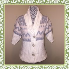 """HP Chunky and Cozy Half Sleeve Knit Sweater Aztec Print Half Sleeve warm sweater.    * Cream, soft pink and heather grey colors blend this perfect piece together.  * Worn once, in perfect condition.  * No pilling, pulls, stains or defects to mention.   Measured flat 18"""" across chest, 24"""" length from shoulder to hem.   Thanks for looking!!! Old Navy Sweaters"""