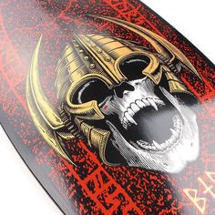 It's a classic re-issue @powellperalta type of an evening  Just dropped on the site link in bio! #powellperalta #reissueskateboards #heritageskateboards #welinder #supereight #wearesupereight