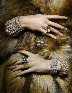 MANAGEMENT+ARTISTS - PHOTOGRAPHY - THOMAS LAGRANGE - JEWELLERY