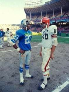 Detroit Lions Football, Michigan Wolverines Football, Nfl Football Players, Detroit Sports, Sport Football, American Football, Football Stuff, School Football, Cleveland Browns History