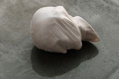 nicola samori 2013, Carrara marble, 30 x 20 x 20 cm