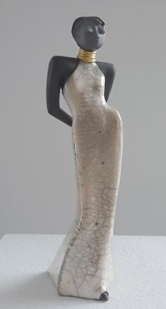 Raku Figurine Venus series – Margit-Hohenberger -Germany