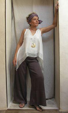 Top double white silk veilSilk shantung pants Amalthee-creations.com
