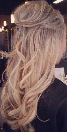 Best Half Up Half Down Hairstyles Ideas That Looks Cool - Wedding Hair Styles Wedding Hair Down, Wedding Hair And Makeup, Bridal Hair, Hair Makeup, Diy Wedding Hair, Wedding Ideas, Bride Hairstyles, Down Hairstyles, Bridesmaid Hairstyles