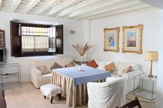 Airbnb house in Sevilla, Spain. Encantador Duplex dentro de casa palacio en pleno centro de Sevilla(La Judería-Casa Pilatos). Accommodates five guests, $57 per night.