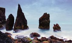 Rocky-Coast-on-the-Reykjanes-Peninsula