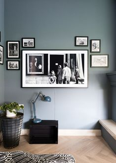 Living Room Windows, Living Room Tv, Home And Living, Gallery Wall Bedroom, Gallery Wall Frames, Home Bedroom, Bedroom Wall, Tv Stand And Entertainment Center, Framed Tv