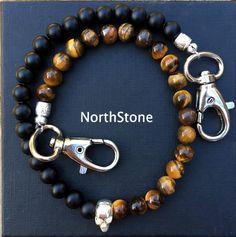 Cadena llavero Keychain de moda - NORTHSTONE Dock Of The Bay, Brass Pendant, Color Negra, Beaded Bracelets, Jewelry Ideas, Clouds, Key Necklace, Silver Bathroom, Gold Plating