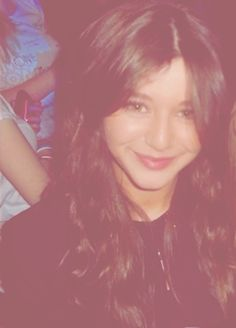 Meet Eleanor Calder. :D that would be fabLOUIS! (Get it? No you don't ok..bye then!) anyway she would be the greatest friend to have! (No it's not cause she's friends with 1D & dating Louis) :) <3 #nojoke