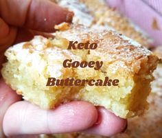 Keto Gooey Buttercake – Low Carb with the Carrs Its origin started in St.Louis,MO, but honestly I had not heard of it till a few days ago!It reminds me of a v Low Carb Sweets, Low Carb Desserts, Low Carb Recipes, Low Carb Cakes, Low Carb Meals, Easy Recipes, Keto Cookies, Bon Dessert, Dessert Recipes