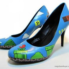 Chaussure Mario reprend le décor du jeux vidéo pour l'évoquer à travers la chaussure.