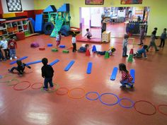 Gross motor skills, physical activities, activities for kids, cooperative g Motor Skills Activities, Gross Motor Skills, Sports Activities, Kindergarten Activities, Physical Activities, Physical Education, Learning Activities, Activities For Kids, Pe Games