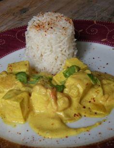 Testée : Très bon. Pour 4 part : 200 g de tofu - crème de coco (200 ml) à la place du lait de coco + 100 l de soja cuisine.