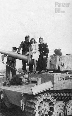 Panzerkampfwagen Tiger (8,8 cm L/56) mit Zimmeritbeschichtung (Sd.Kfz. 181) Ausf. E