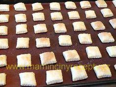 Tvarohové polštářky – Maminčiny recepty Food, Meal, Eten, Meals