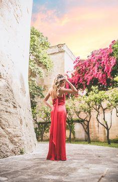 "𝐅𝐎𝐋𝐋𝐎𝐖 𝐔𝐒&𝐒𝐇𝐀𝐑𝐄/𝐒𝐄𝐆𝐔𝐈𝐓𝐄𝐂𝐈&𝐂𝐎𝐍𝐃𝐈𝐕𝐈𝐃𝐄𝐓𝐄 ""𝐒𝐮𝐧𝐬𝐞𝐭𝐬 𝐚𝐫𝐞 𝐩𝐫𝐨𝐨𝐟 𝐭𝐡𝐚𝐭 𝐧𝐨 𝐦𝐚𝐭𝐭𝐞𝐫 𝐰𝐡𝐚𝐭𝐬 𝐡𝐚𝐩𝐩𝐞𝐧𝐬, 𝐞𝐯𝐞𝐫𝐲 𝐝𝐚𝐲 𝐜𝐚𝐧 𝐞𝐧𝐝 𝐛𝐞𝐚𝐮𝐭𝐢𝐟𝐮𝐥𝐥𝐲...𝐂𝐢𝐭. 𝐊𝐫𝐢𝐬𝐭𝐞𝐧 𝐁𝐮𝐭𝐥𝐞𝐫""  @p.07katy @giannotta Butler, Sunsets, Shit Happens, Formal Dresses, Beauty, Style, Fashion, Dresses For Formal, Swag"