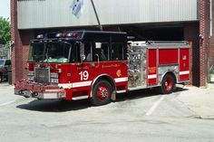 Chicago FD Engine Co. 19. ★。☆。JpM ENTERTAINMENT ☆。★。