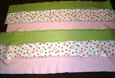 Tutorial for making a rag quilt blanket Quilt Tutorials, Sewing Tutorials, Sewing Crafts, Strip Rag Quilts, Cute Embroidery, Coordinating Fabrics, Baby Gifts, Bed Pillows, Pillow Cases