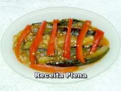 Berinjela Refogada com Pimentão Saiba como fazer a receita de Berinjela Refogada com Pimentão, que pode ser utilizada como acompanhamento do prato principal ou como recheio de pães e torradas. http://receitaplena.blogspot.com.br/2016/11/berinjela-refogada-com-pimentao.html #BerinjelaRefogadacomPimentão #ComoFazerBerinjela #Receita #Acompanhamento #Recheio