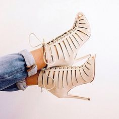 Literally loving these lace-up heels. Featured Brands: Steve Madden.