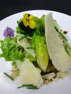 From my French kitchen: Salad with Flowers