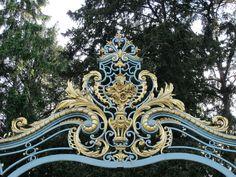 https://flic.kr/p/nrZHch | Grille d'entrée, Jardin de Bagatelle, Bois de Boulogne, Paris