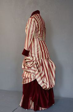 1880 silk taffeta dress, alternate bodice, side/back view