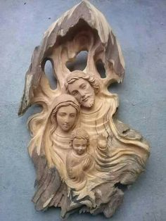 Wood Carving Faces, Aging Wood, Holy Family, Wooden Garden, Crystals Minerals, Wood Sculpture, Dremel, Ceramic Art, Nativity