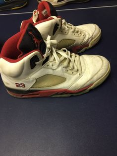 11fd9947946cc Nike Air Jordan 5 Retro Fire red Size 13 Pre owned.
