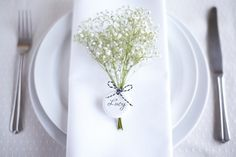 flowers seating cards classic
