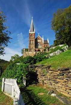 Historic Saint Peters Church, near Harpers Ferry, in Jefferson County, West Virginia St Peter's Church, Take Me To Church, Cathedral Church, Old Country Churches, Old Churches, Country Roads, Harpers Ferry, Church Architecture, Church Building