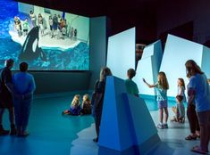 INDE's large-screen Augmented Reality experience, BroadcastAR has been installed as part of an interactive exhibit called Antarctic Journey at Phillip Island. Interactive Exhibition, Interactive Media, Interactive Installation, Interactive Mirror, Augmented Reality Technology, Energy Technology, Phillips Island, Company Brochure, Ares