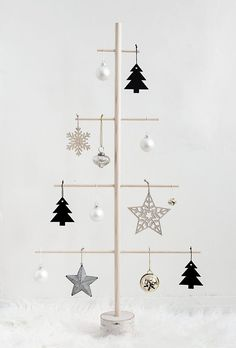 DIY Wood Dowel Tree - Homey Oh My Modern Christmas tree alternative for small spaces.<br> Modern Christmas tree alternative for small spaces. Christmas Tree Design, Wooden Christmas Trees, Noel Christmas, Rustic Christmas, Xmas Tree, Christmas Tree Decorations, Christmas Crafts, Christmas Ornaments, Christmas Christmas