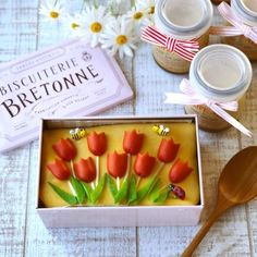 Japanese Food Art, Rice Balls, Bento Box Lunch, Cute Food, Kids Meals, Sausage, Food And Drink, Cooking, Recipes