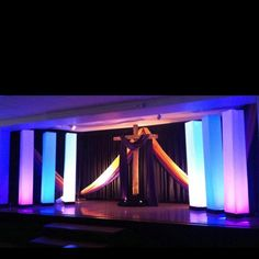 Stage design Design Exclusive, LLC www.designexclusivellc.com