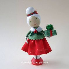 Mrs. Claus Christmas Clothespin Doll