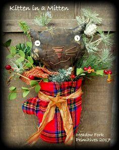 """Primitive Folk Art """"Kitten in a Mitten"""" Wall Hanging, Door Decor, Peg Rack Ornament, Wool Mitten, Greenery, Christmas, Vintage, Winter by MeadowForkPrims on Etsy"""