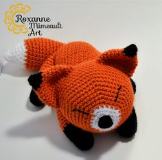 Hi everyone! Today I decided to offer you my little fox amigurumi pattern for free! I used worsted weight yarn and 3,75 mm hook, but you can make it with any l