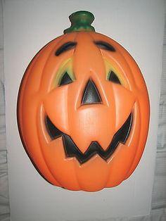 gemmy halloween blow mold lighted skull pile of bones skeleton plastic light halloween blowmolds pinterest blow molding - Large Plastic Pumpkins
