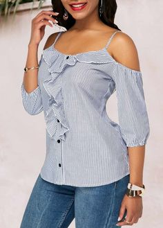 Stylish Tops For Girls, Trendy Tops, Trendy Fashion Tops, Trendy Tops For Women Stylish Tops For Girls, Trendy Tops For Women, Blouse Styles, Blouse Designs, Trendy Fashion, Fashion Outfits, Womens Fashion, Mode Jeans, Dress Sewing Patterns