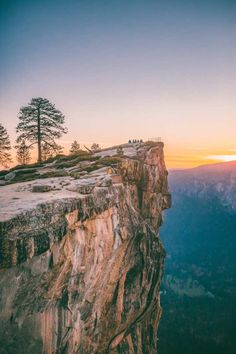 Best Places To See Around West Coast USA (18) - Travel - Wanderlust - California - Yosemite - Sunset - Summer - Hiking - Great Outdoors - Get outside - Travel Inspiration