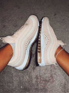 Discover recipes, home ideas, style inspiration and other ideas to try. Sneakers Fashion, Fashion Shoes, Nike Shoes Air Force, Aesthetic Shoes, Cute Sneakers, Hype Shoes, Fresh Shoes, Pretty Shoes, Custom Shoes