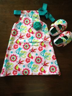 Baby Dress with Matching Shoes (LIttle Birds). $22.00, via Etsy.