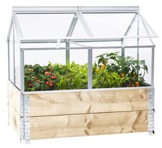 Kasvihuone Gaia istutuslaatikolle Small Vegetable Gardens, Growing Gardens, Porch Area, Getaway Cabins, Pergola Designs, Flower Beds, Gaia, Garden Inspiration, Garden Plants
