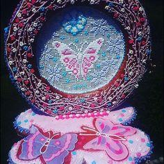 Medovníkové koliesko s motylom ;) #artfood #art  #medovniky #med #honeycake #honey #medovník #pernicky #pernik #gingerbread #pain #painting #cook #color #flowers #love  #butterfly #butterflies