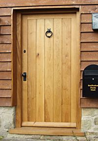 Cottage Style Rustic Oak Plank Door With T Hinges And Suffolk Latch & Captivating Solid Oak External Door Uk Gallery - Exterior ideas 3D ...