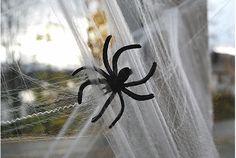 Assustadoras teias de aranha para enfeitar sua casa em Halloween