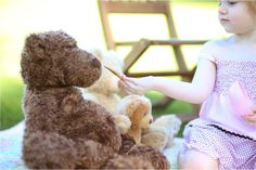 little girl goldielocks and the three bears photography