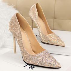 136165b4c8a85 Encontrar Más Bombas de las mujeres Información acerca de Diamantes de  imitación boda zapatos de mujer
